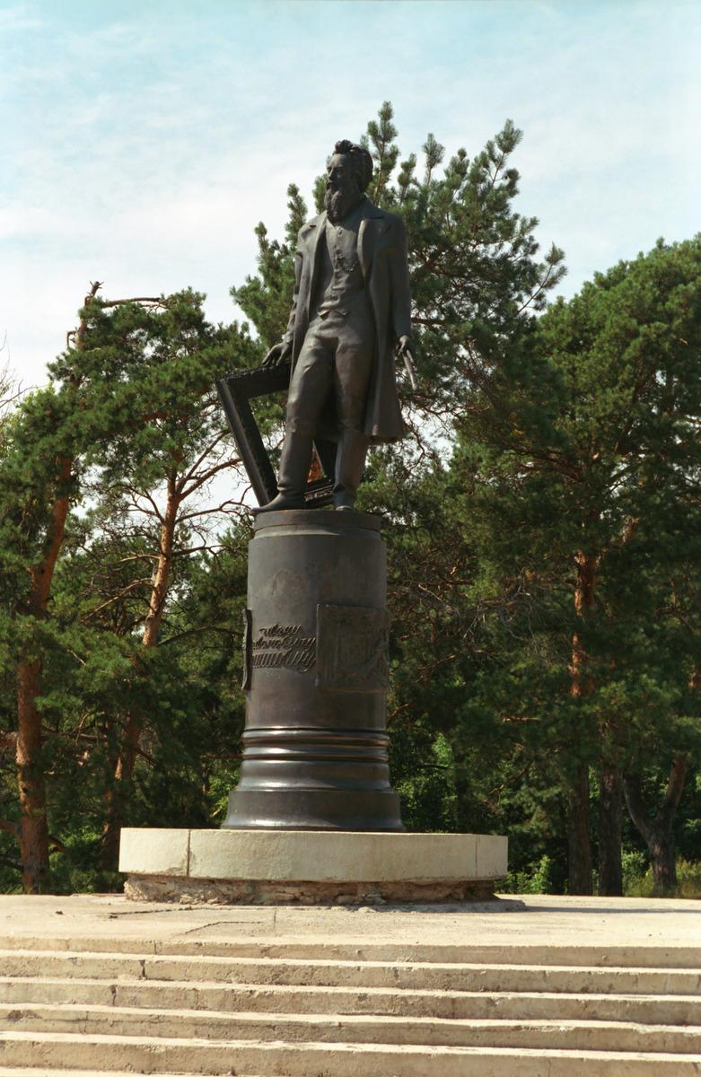 Заказать памятник уфа златоусте климовское городское кладбище