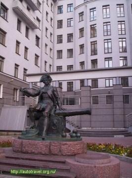 Санкт-Петербург (Ленинградская область): Достопримечательность Памятник В.Корчмину