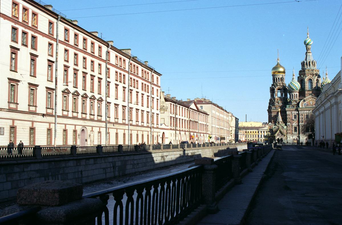Санкт петербург ленинградская