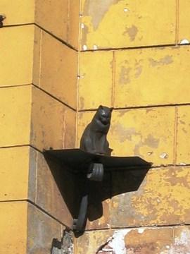 Санкт-Петербург (Ленинградская область): Достопримечательность Памятник коту и кошке