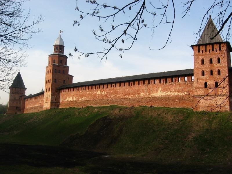 Заказать памятник Новгородский Кремль памятник с ангелом Кунгур