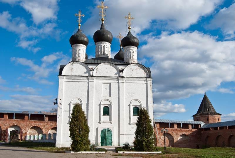 в каком году был построен город зарайск в московской области