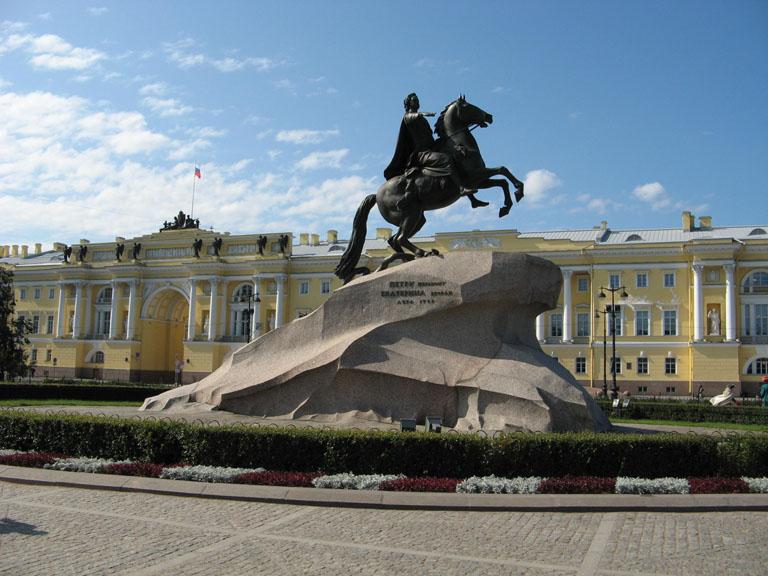 Недорогие памятники спб посвященные 1812 году  мастера гранитные памятники каталог горск