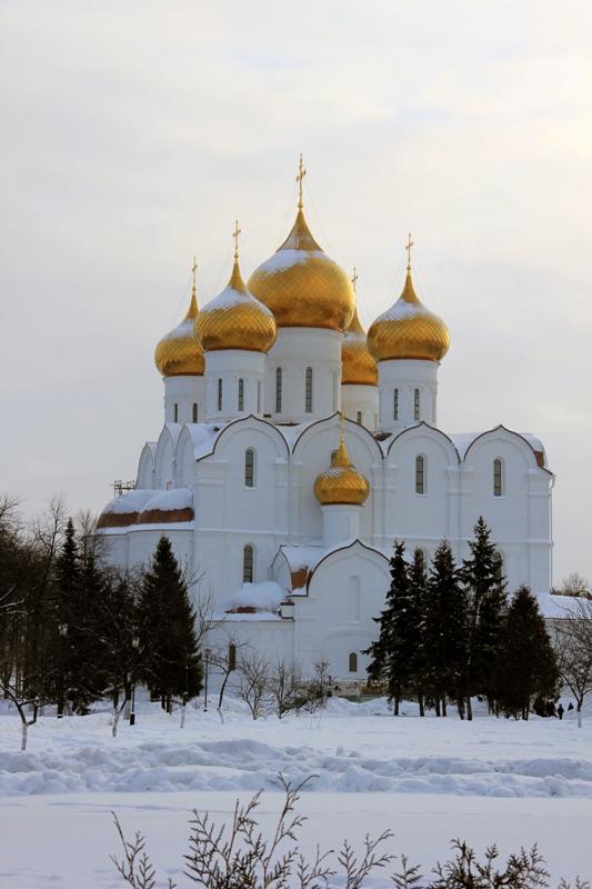Успенский кафедральный собор в Ярославле фотографии