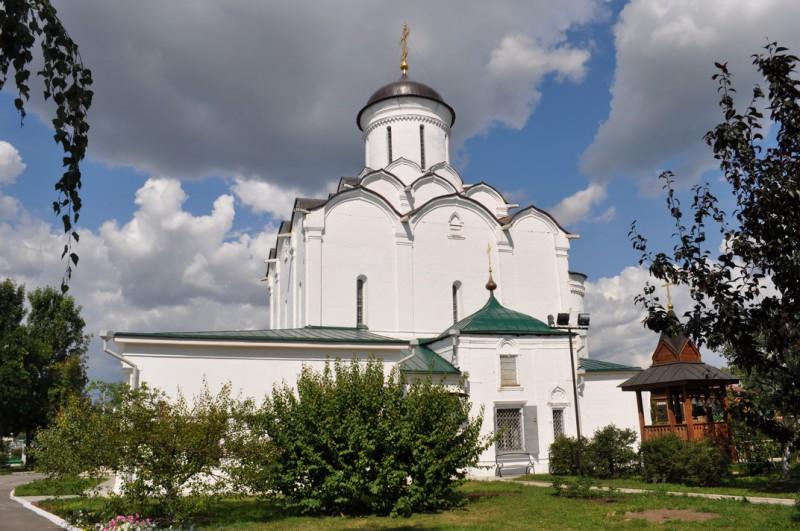 Успенский монастырь во Владимире фото