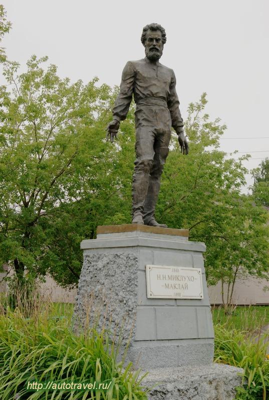 Памятник с сердцем Окуловка Лампадка из габбро-диабаза резная Приозерск
