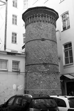Санкт-Петербург (Ленинградская область): Достопримечательность Башня Грифонов