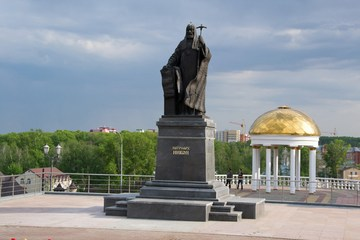 Саранск (Республика Мордовия): Достопримечательность Памятник патриарху Никону