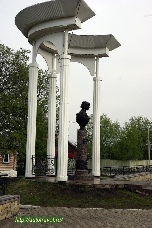Фотография Памятник М. И. Цветаевой. Город Елабуга (Республика ...