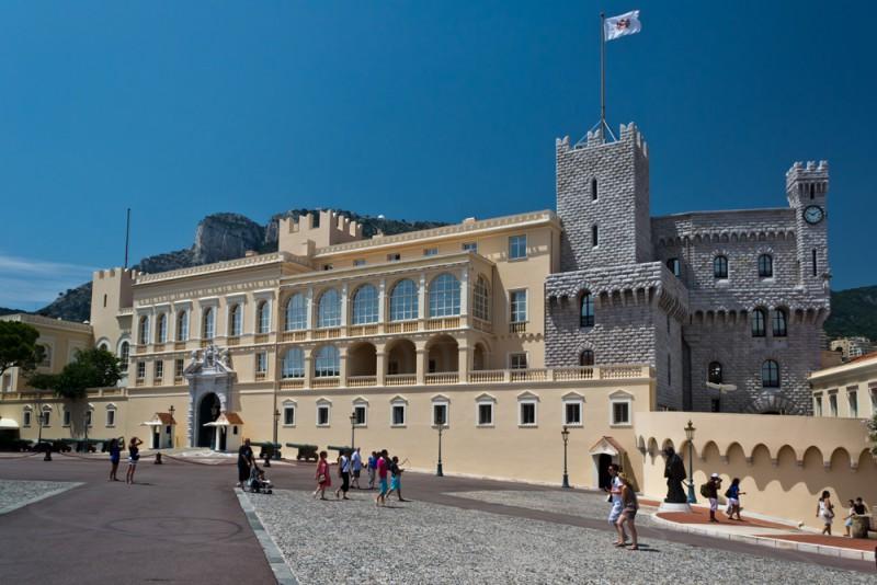 Подземелье дворца диоклетиана фото каким образом