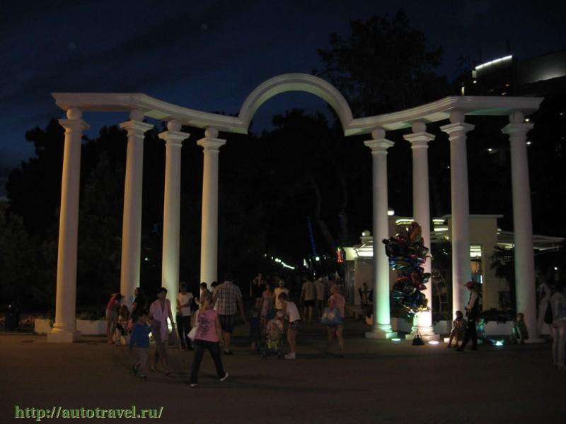 Геленджик (Краснодарский край) фотографии: https://autotravel.ru/phalbum.php/town/123