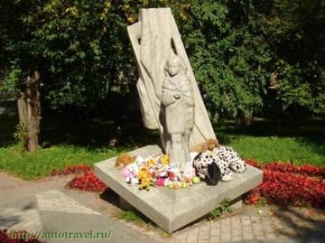 Санкт-Петербург (Ленинградская область): Достопримечательность Памятник детям блокадного Ленинграда