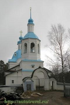 Кириллов (Вологодская область): Достопримечательность Покровская церковь в Аксеново