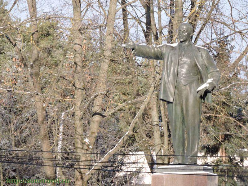 является одним памятники воскресенска московской области фото можно нарисовать медвежонка