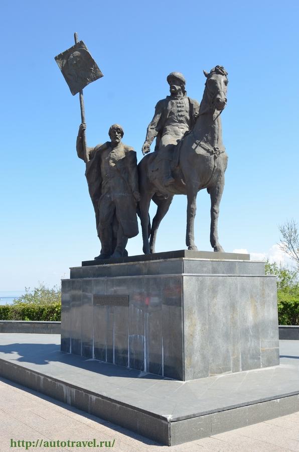 Памятники город ульяновск 73 заказать памятник в гомель шары