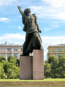 Санкт-Петербург (Ленинградская область): Достопримечательность Памятник Героическому Комсомолу