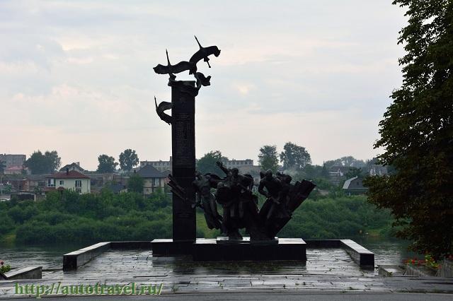Фотография Памятник 23-м воинам-гвардейцам (Полоцк (Беларусь))