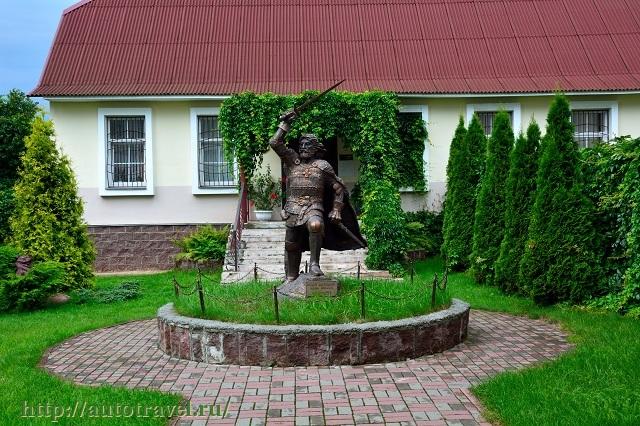 Фотография Памятник полоцкому князю Андрею Ольгердовичу (Полоцк (Беларусь))