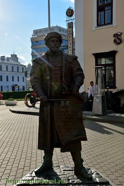 Фотография Скульптуры на пл. Свободы (Минск (Беларусь))
