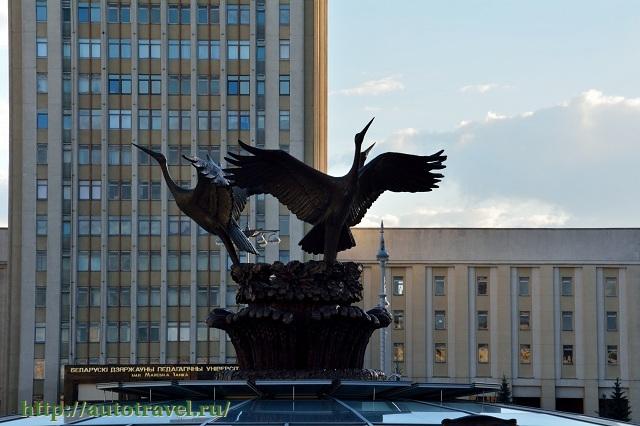 Фотография Площадь Независимости (Минск (Беларусь))