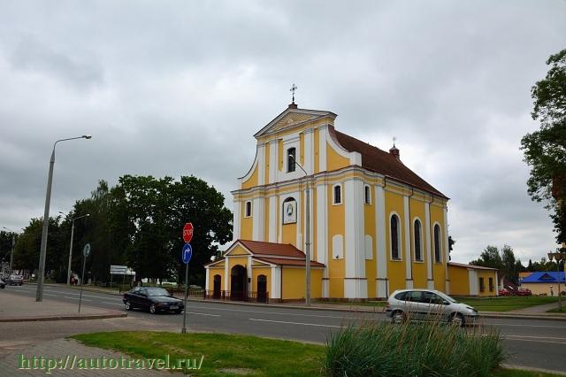 Фотография Крестовоздвиженский фарный костел (Лида (Беларусь))