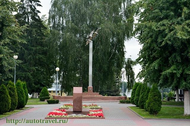 Фотография Памятник воинам -