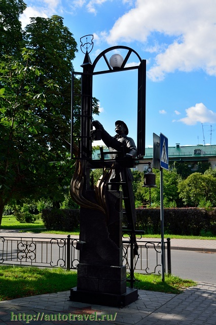 Фотография Городская скульптура на улице Гоголя (Брест (Беларусь))