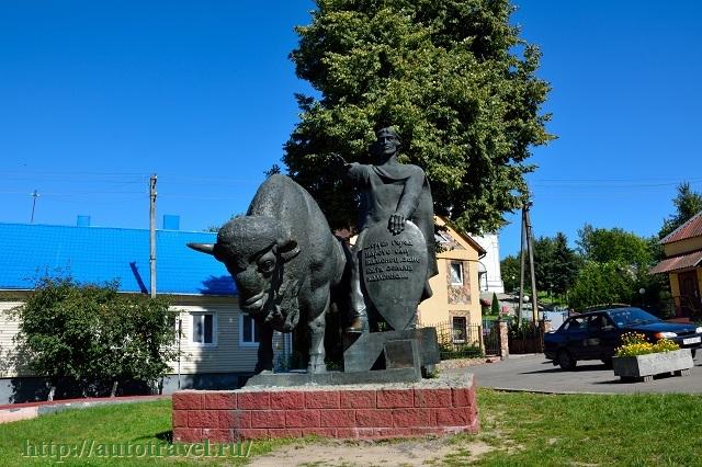 Фотография Памятник зодчему Олексе (Каменец (Беларусь))