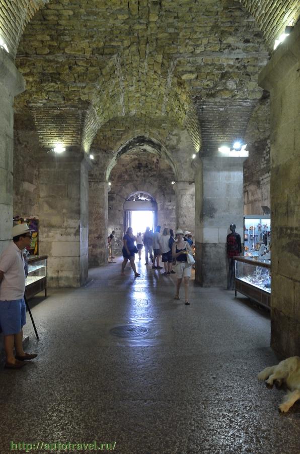 наша подземелье дворца диоклетиана фото тебе спешу