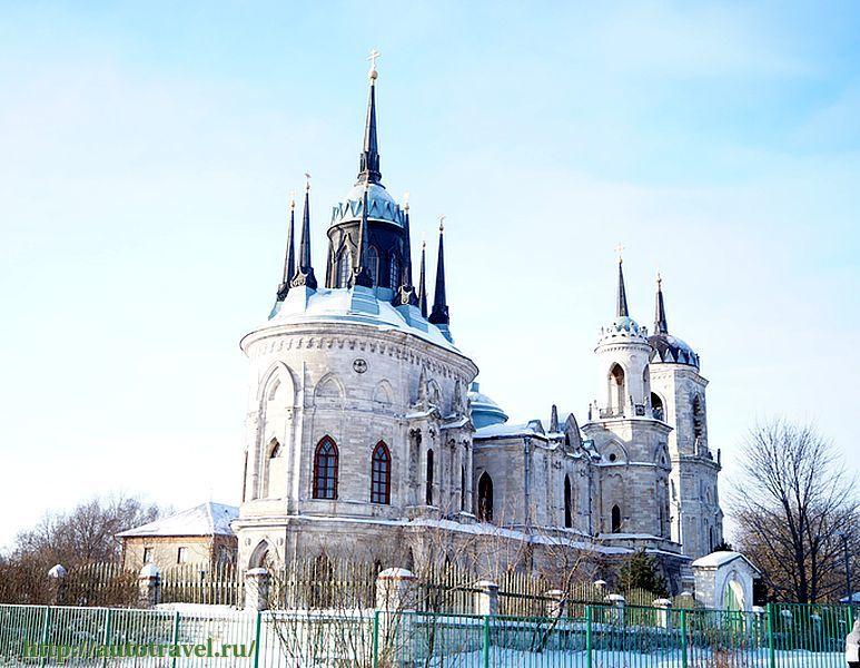 Церковь преображения господня в жуковском строится с 2003 г ныне нижняя теплая церковь уже действует!
