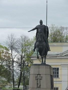 Санкт-Петербург (Ленинградская область): Достопримечательность Памятник Александру Невскому